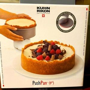 New in box Push pan for baking